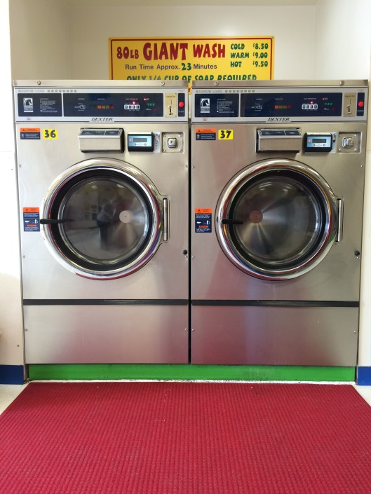 Giant 80 lb washing machines at Laundromania Northwest Plaza Davenport Iowa