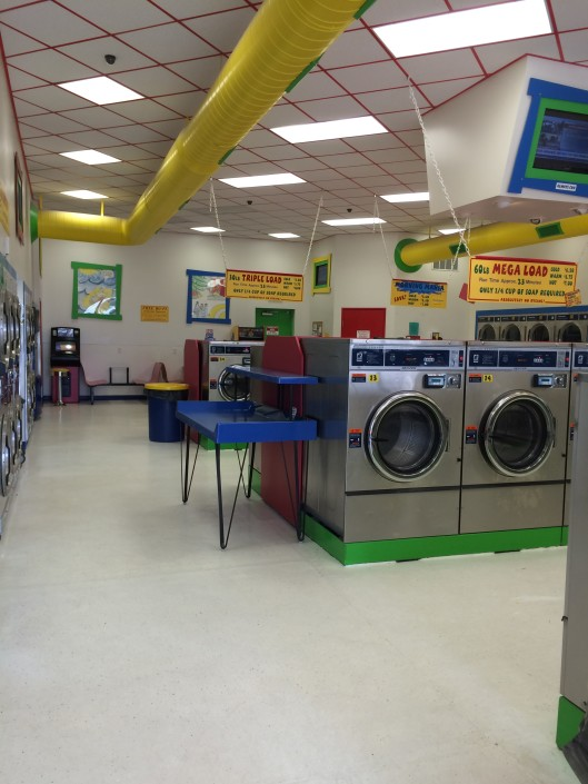 Inside Laundromania Northwest Plaza Davenport Iowa