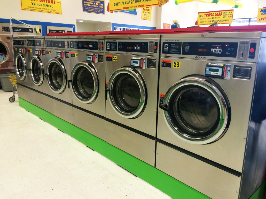30lb front load coin and credit card washing machines at