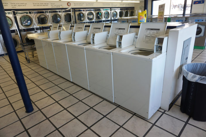 18lb top load washing machines inside Laundromania Coralville 24 hour Laundromat