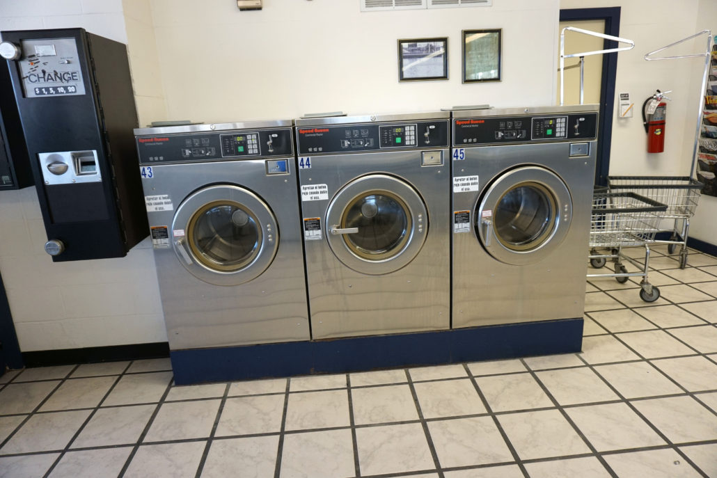 24 Hour Laundromat Coralville Ia Spin City Laundry 204